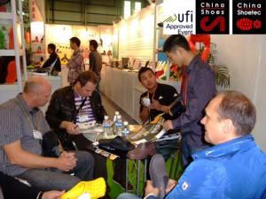 Дунгуань международная Выставка Китай Обувь Китай технологии для обуви
